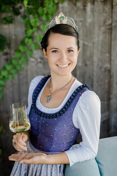 Weinkönigin Beatrix Luttenberger Leibnitz | Südsteiermark - Wein Steiermark