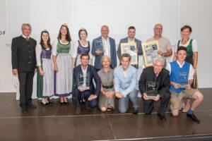 Lagenwein Burgunder & Traminer trocken/halbtrocken: Weingut Frühwirth/Klöch - Landessieger Wein Steiermark